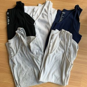 Old Navy Ribbed Maternity Tanks
